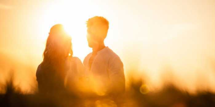 3 Ways to Attract & Cultivate Soulmate Love (a Renowned Therapist Shares KeyInsights)