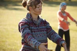 Discover 3 Qigong Practices to Awaken Joy & Healing from Within [with Videos]