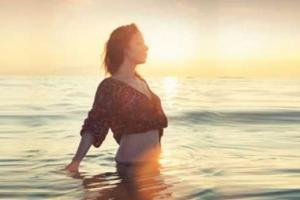 5 Principles for Awakening Your Sacred Feminine Power (+ Practices)